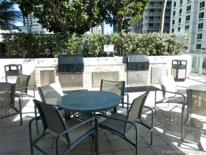 1111 SW 1st Avenue, Miami, FL 33130 (North) and 79 SW 12th Street, Miami, FL 33130 (South), Axis #3710-S, Brickell, Miami A10568731 image #42