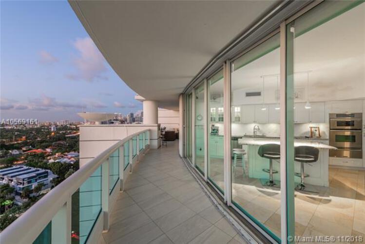 Bristol Tower Condominium image #38