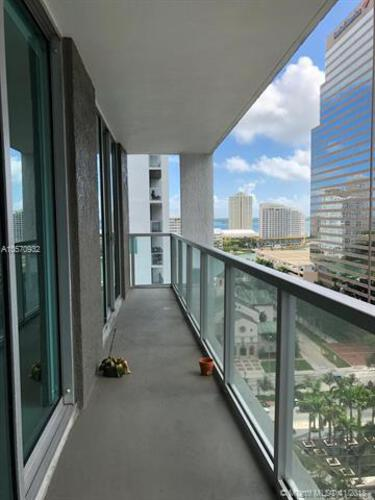 500 Brickell Avenue and 55 SE 6 Street, Miami, FL 33131, 500 Brickell #1710, Brickell, Miami A10570932 image #1