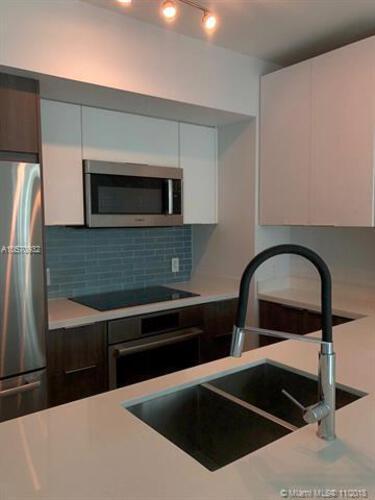 500 Brickell Avenue and 55 SE 6 Street, Miami, FL 33131, 500 Brickell #1710, Brickell, Miami A10570932 image #8