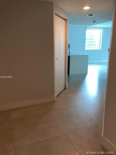 500 Brickell Avenue and 55 SE 6 Street, Miami, FL 33131, 500 Brickell #1710, Brickell, Miami A10570932 image #9