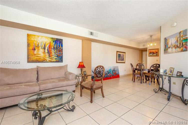 905 Brickell Bay Drive, Miami, FL 33131, Four Ambassadors #1171, Brickell, Miami A10574958 image #4