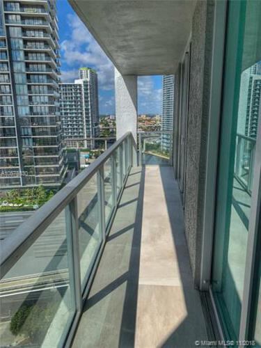 500 Brickell Avenue and 55 SE 6 Street, Miami, FL 33131, 500 Brickell #2002, Brickell, Miami A10578030 image #17