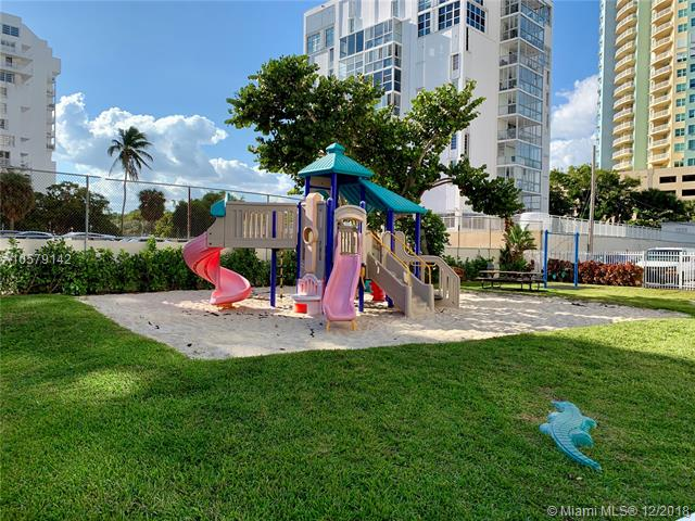 Brickell Townhouse image #19