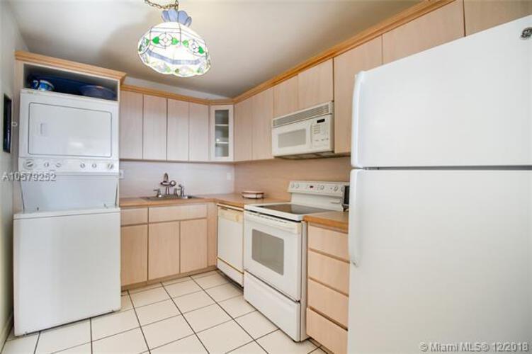 1901 Brickell Ave, Miami, FL 33129, Brickell Place II #2304, Brickell, Miami A10579252 image #7