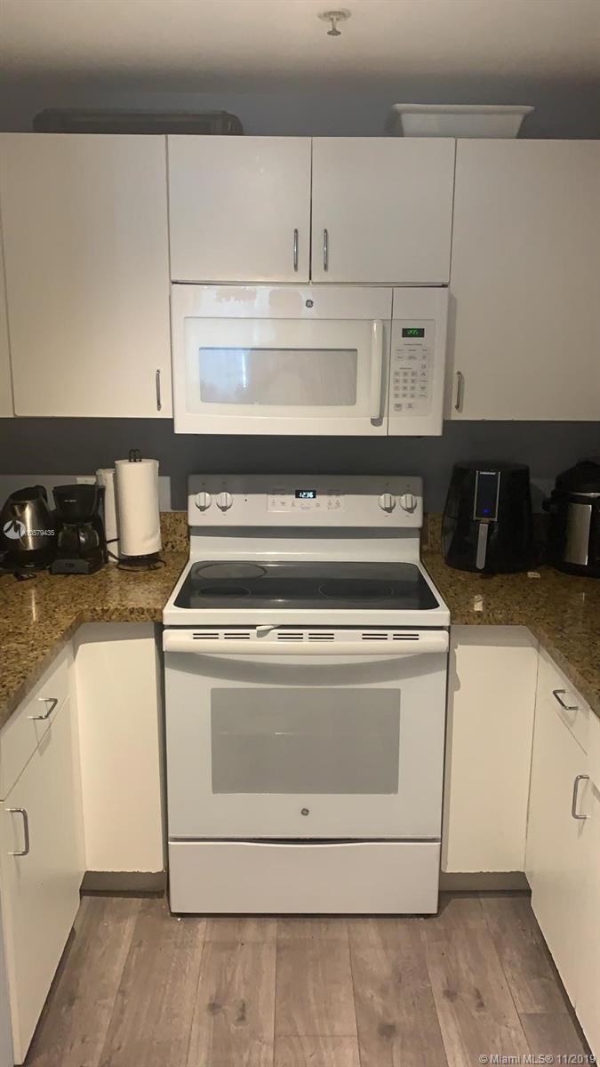 185 Southeast 14th Terrace, Miami, FL 33131, Fortune House #2010, Brickell, Miami A10579435 image #27