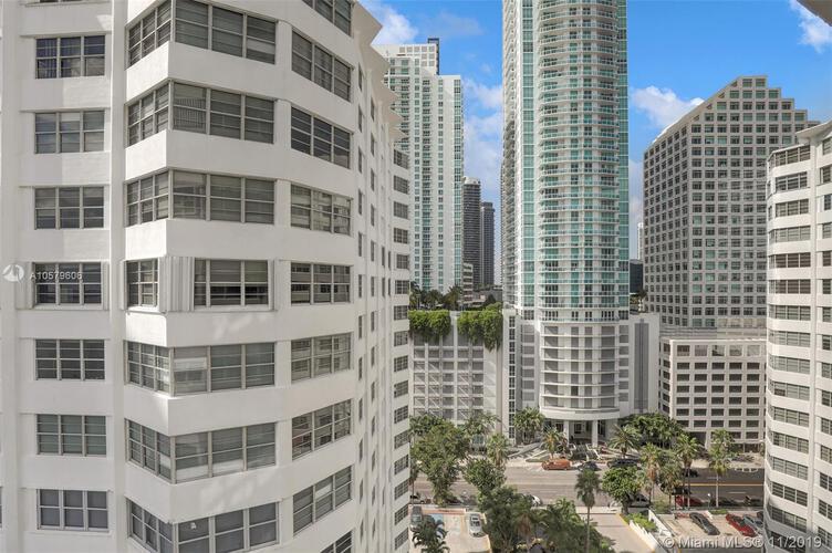 905 Brickell Bay Drive, Miami, FL 33131, Four Ambassadors #1524, Brickell, Miami A10579606 image #11