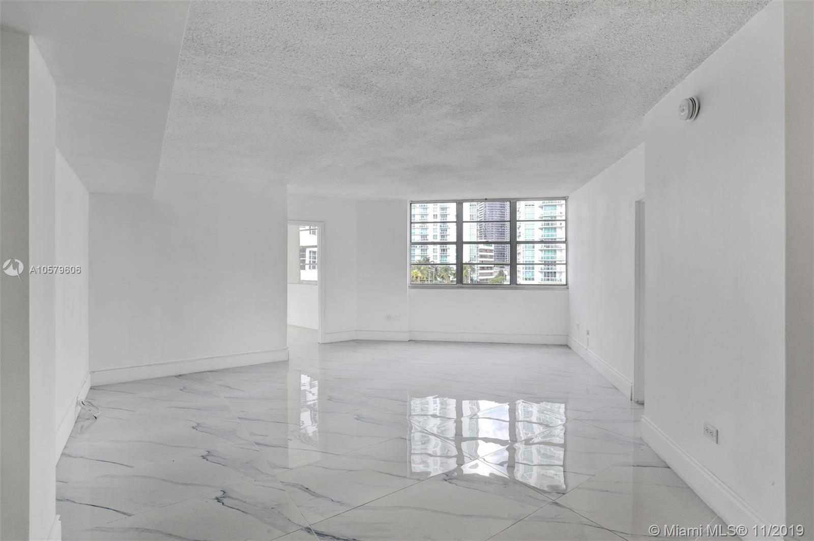 905 Brickell Bay Drive, Miami, FL 33131, Four Ambassadors #1524, Brickell, Miami A10579606 image #15