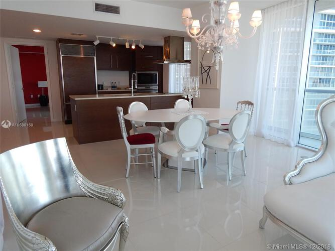 495 Brickell Ave, Miami, FL 33131, Icon Brickell II #3702, Brickell, Miami A10580160 image #2