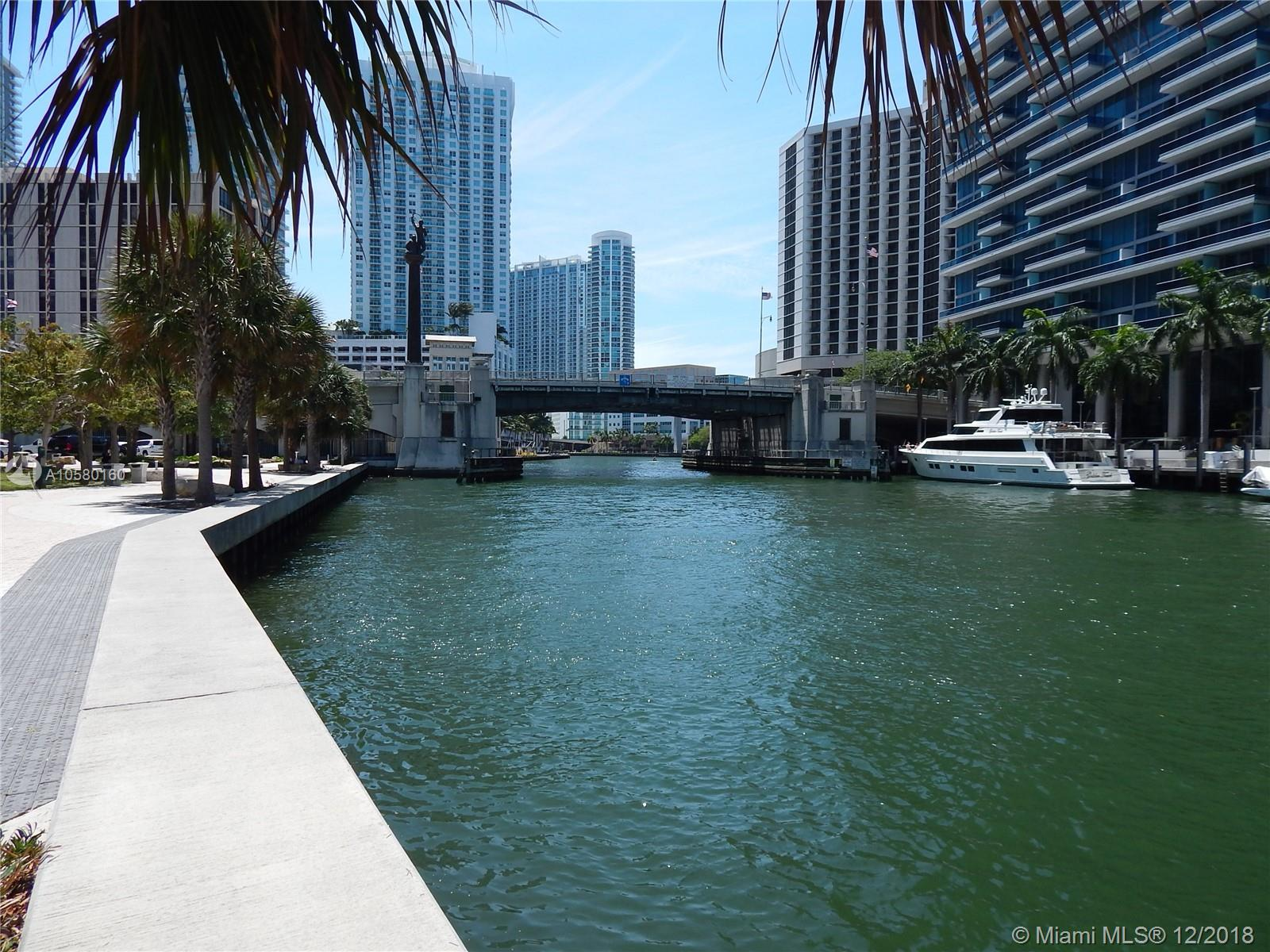 495 Brickell Ave, Miami, FL 33131, Icon Brickell II #3702, Brickell, Miami A10580160 image #16