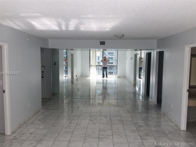 2333 Brickell Avenue, Miami Fl 33129, Brickell Bay Club #1204, Brickell, Miami A10580402 image #8