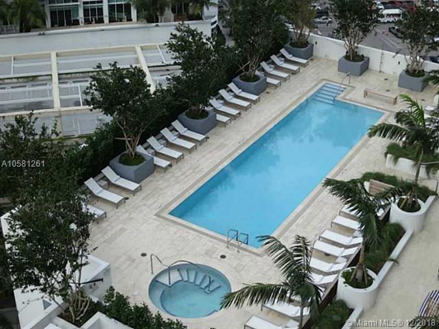 Brickell House image #22