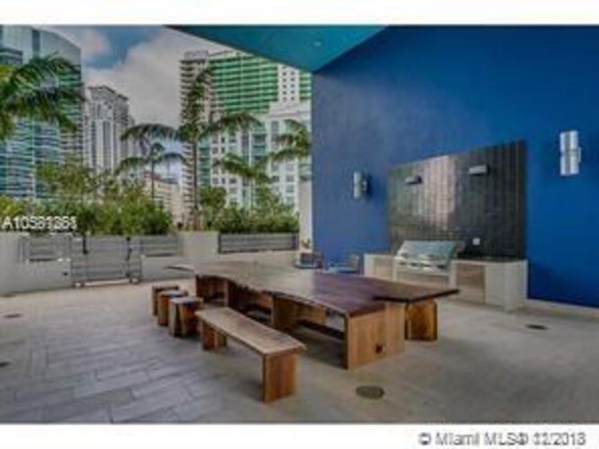 Brickell House image #31
