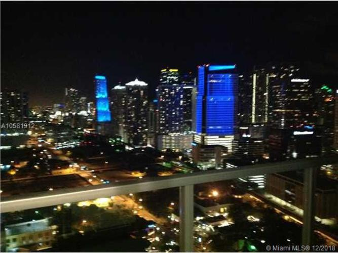 1111 SW 1st Avenue, Miami, FL 33130 (North) and 79 SW 12th Street, Miami, FL 33130 (South), Axis #3614-N, Brickell, Miami A10581912 image #2