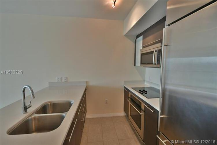 500 Brickell Avenue and 55 SE 6 Street, Miami, FL 33131, 500 Brickell #2204, Brickell, Miami A10583229 image #7