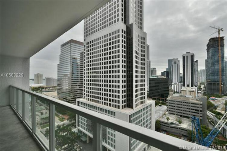 500 Brickell Avenue and 55 SE 6 Street, Miami, FL 33131, 500 Brickell #2204, Brickell, Miami A10583229 image #17