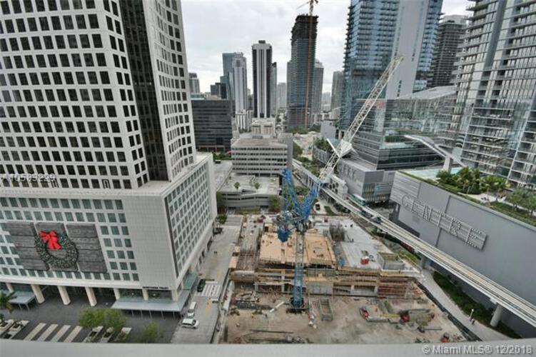 500 Brickell Avenue and 55 SE 6 Street, Miami, FL 33131, 500 Brickell #2204, Brickell, Miami A10583229 image #18