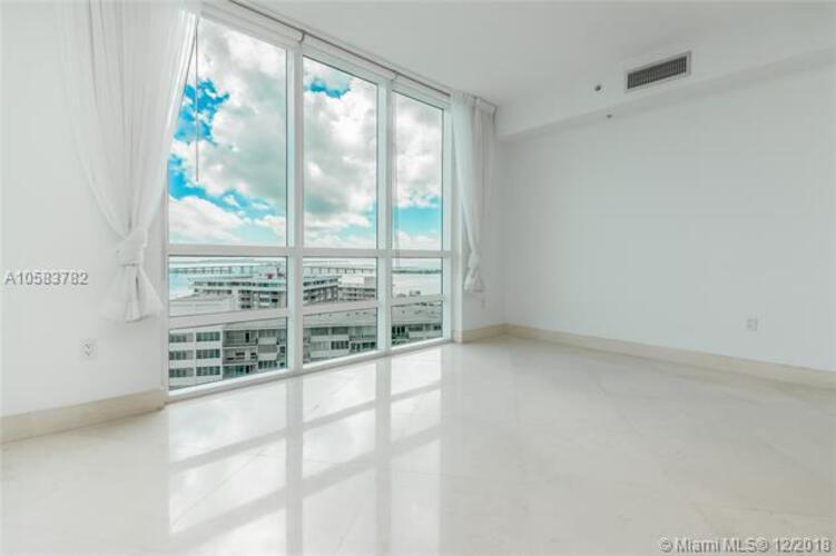 218 SE 14th St, Miami, Fl 33131, Emerald at Brickell #1801, Brickell, Miami A10583782 image #8