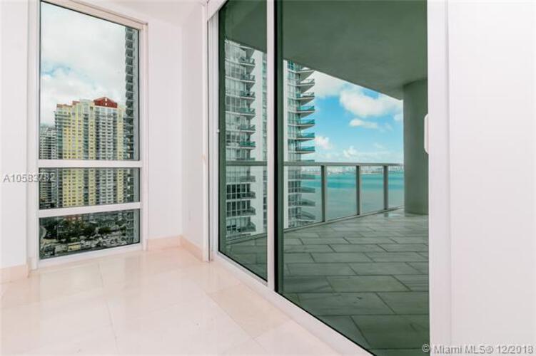 218 SE 14th St, Miami, Fl 33131, Emerald at Brickell #1801, Brickell, Miami A10583782 image #15