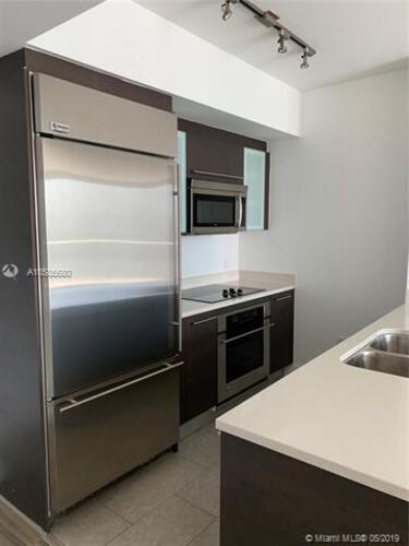 500 Brickell Avenue and 55 SE 6 Street, Miami, FL 33131, 500 Brickell #3308, Brickell, Miami A10585680 image #3