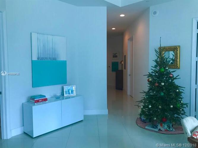 500 Brickell Avenue and 55 SE 6 Street, Miami, FL 33131, 500 Brickell #1102, Brickell, Miami A10589130 image #17