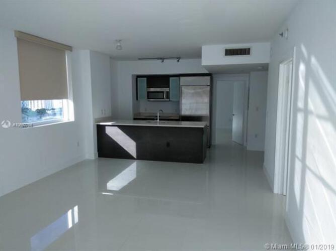 500 Brickell Avenue and 55 SE 6 Street, Miami, FL 33131, 500 Brickell #1510, Brickell, Miami A10592755 image #3