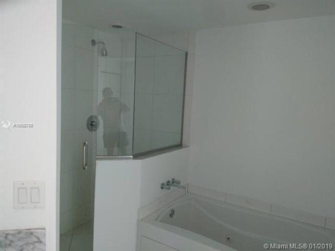 500 Brickell Avenue and 55 SE 6 Street, Miami, FL 33131, 500 Brickell #1510, Brickell, Miami A10592755 image #18