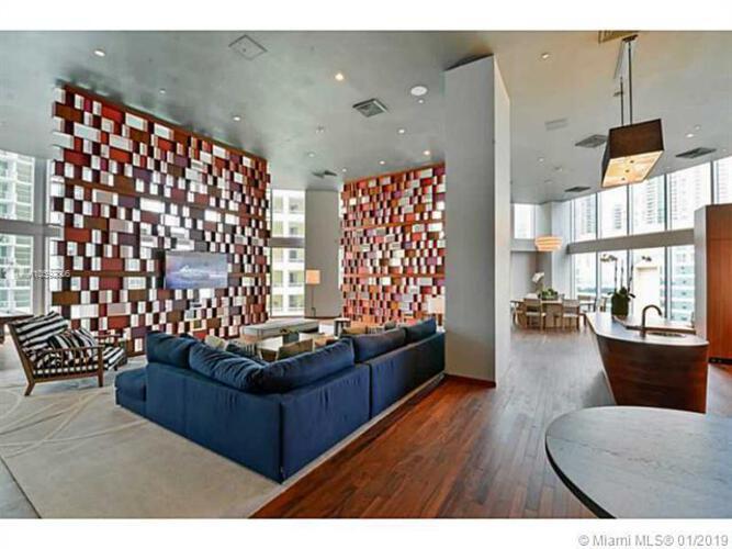 Brickell House image #19