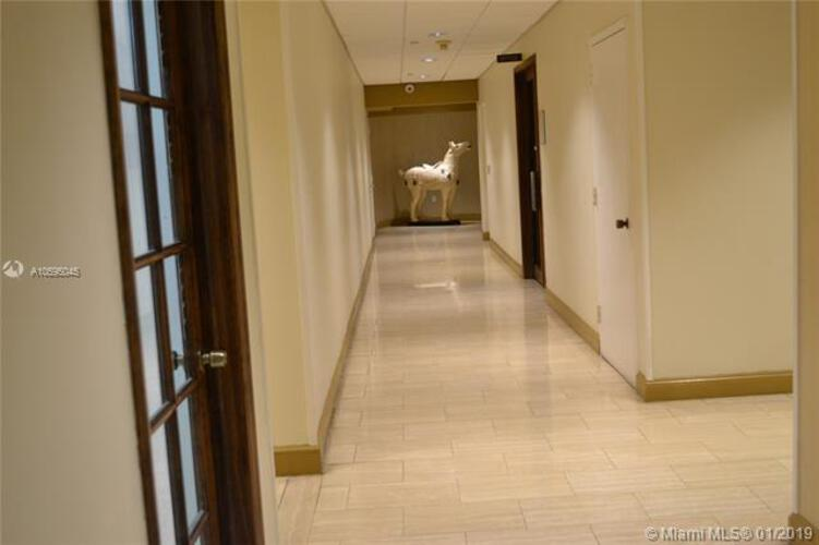 2333 Brickell Avenue, Miami Fl 33129, Brickell Bay Club #215, Brickell, Miami A10595045 image #23