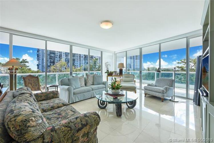 2127 Brickell Avenue, Miami, FL 33129, Bristol Tower Condominium #705, Brickell, Miami A10597847 image #13
