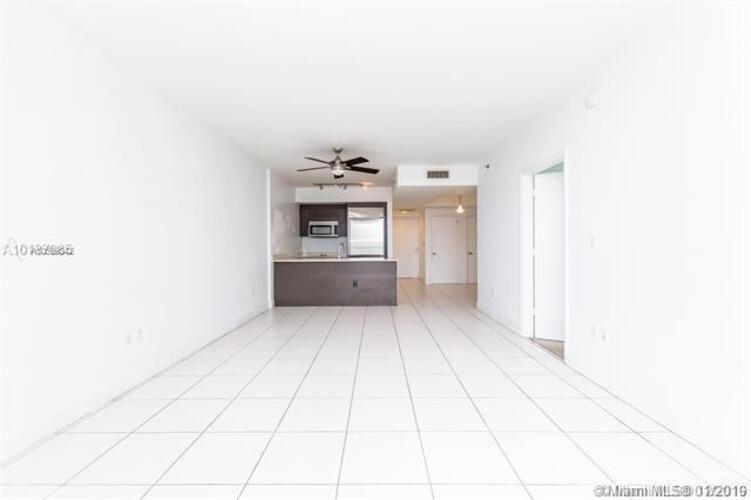 500 Brickell Avenue and 55 SE 6 Street, Miami, FL 33131, 500 Brickell #1900, Brickell, Miami A10599842 image #4
