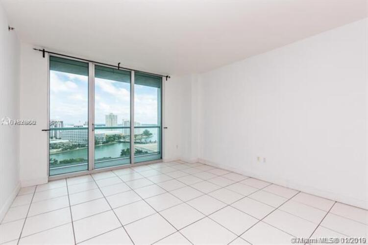 500 Brickell Avenue and 55 SE 6 Street, Miami, FL 33131, 500 Brickell #1900, Brickell, Miami A10599842 image #5