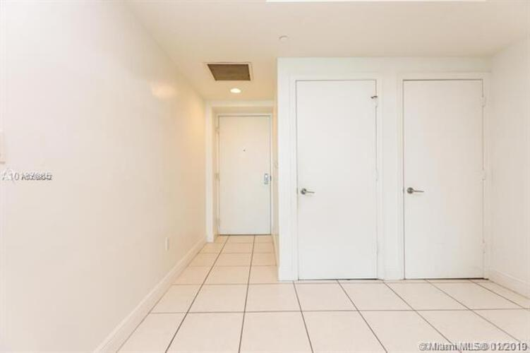 500 Brickell Avenue and 55 SE 6 Street, Miami, FL 33131, 500 Brickell #1900, Brickell, Miami A10599842 image #12