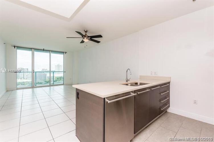 500 Brickell Avenue and 55 SE 6 Street, Miami, FL 33131, 500 Brickell #1900, Brickell, Miami A10599842 image #16