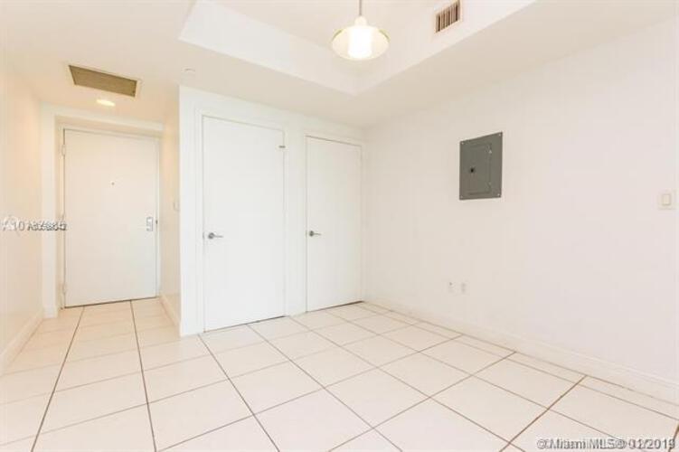 500 Brickell Avenue and 55 SE 6 Street, Miami, FL 33131, 500 Brickell #1900, Brickell, Miami A10599842 image #17
