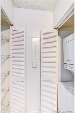 1111 Brickell Bay Dr, Miami, FL 33131, 1111 Brickell #1705, Brickell, Miami A10600579 image #18