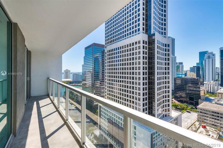 500 Brickell Avenue and 55 SE 6 Street, Miami, FL 33131, 500 Brickell #2704, Brickell, Miami A10601579 image #3