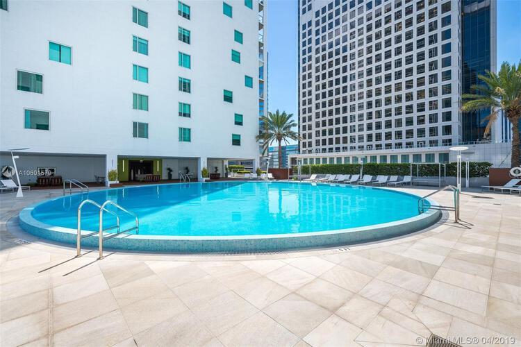 500 Brickell Avenue and 55 SE 6 Street, Miami, FL 33131, 500 Brickell #2704, Brickell, Miami A10601579 image #19