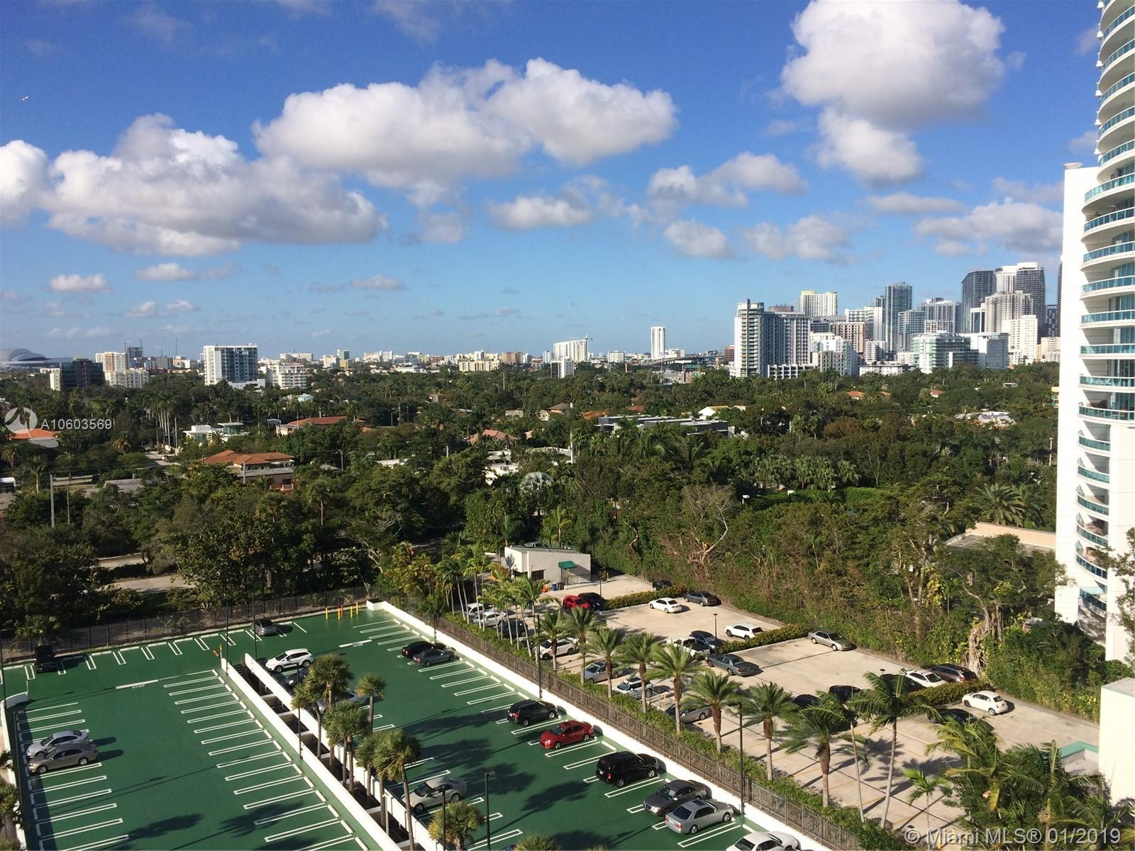 Brickell Bay Club image #20