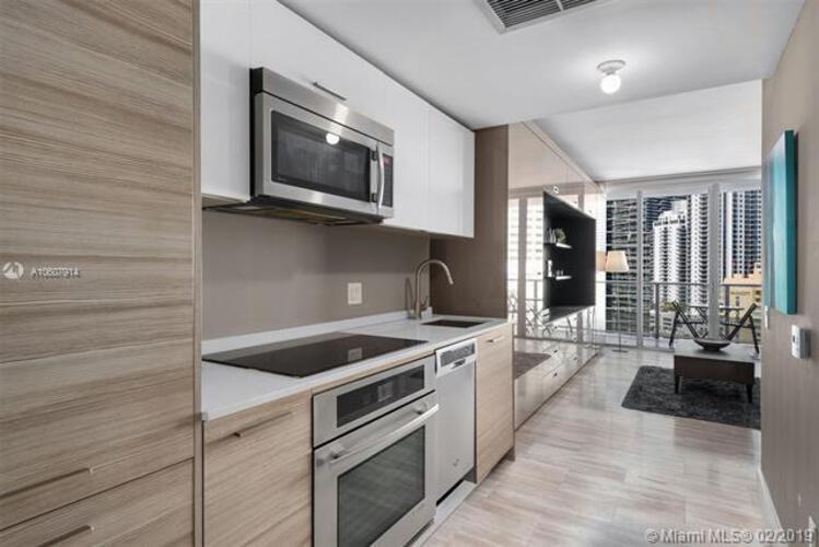 Brickell House image #10