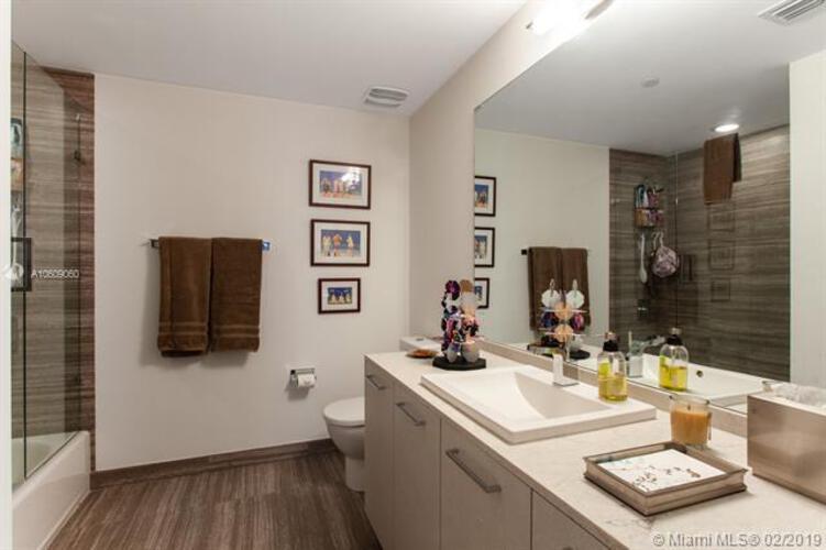 1010 Brickell Avenue, Miami, FL 33131, 1010 Brickell #2307, Brickell, Miami A10609060 image #10