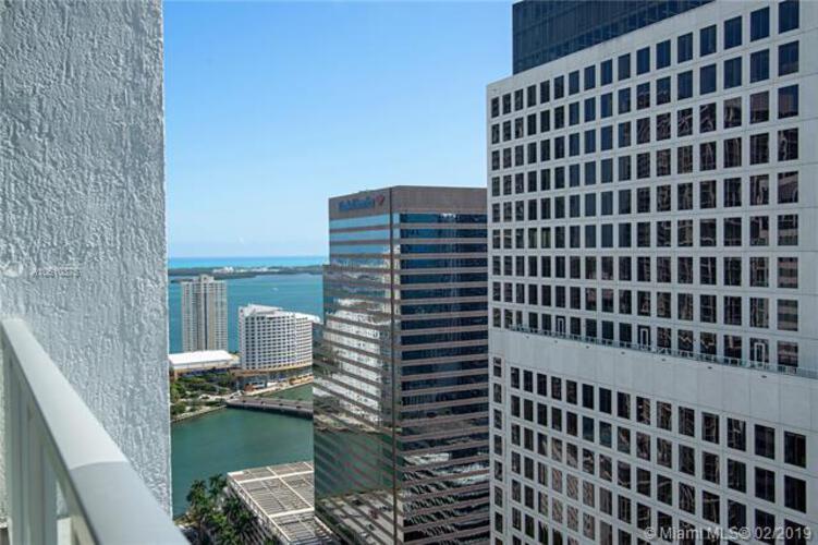 500 Brickell Avenue and 55 SE 6 Street, Miami, FL 33131, 500 Brickell #4104, Brickell, Miami A10610375 image #9