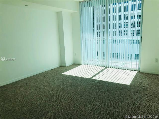 500 Brickell Avenue and 55 SE 6 Street, Miami, FL 33131, 500 Brickell #3910, Brickell, Miami A10610377 image #8