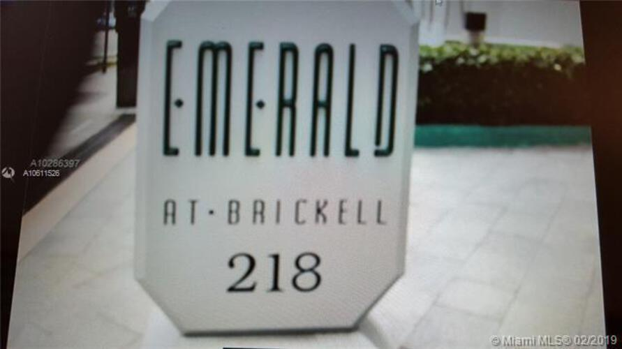 Emerald at Brickell image #1