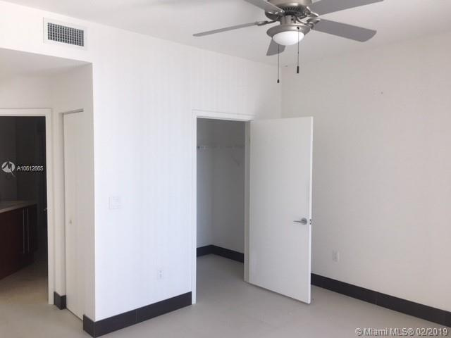 1111 SW 1st Avenue, Miami, FL 33130 (North) and 79 SW 12th Street, Miami, FL 33130 (South), Axis #2306-S, Brickell, Miami A10612665 image #10