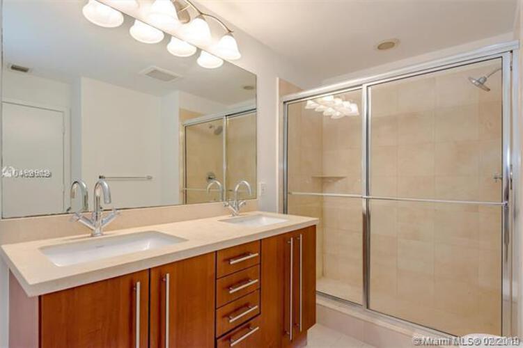 1111 SW 1st Avenue, Miami, FL 33130 (North) and 79 SW 12th Street, Miami, FL 33130 (South), Axis #1903-S, Brickell, Miami A10616029 image #8
