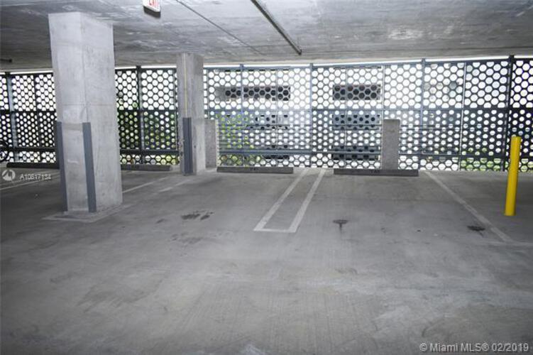 Brickell Ten image #41