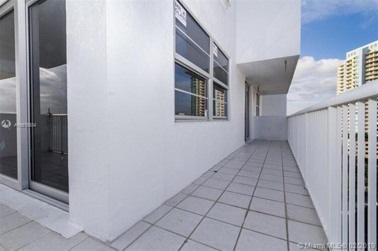 Brickell Biscayne image #21