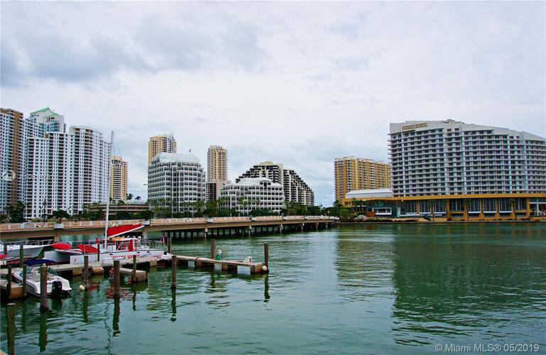 905 Brickell Bay Drive, Miami, FL 33131, Four Ambassadors #845, Brickell, Miami A10618761 image #5
