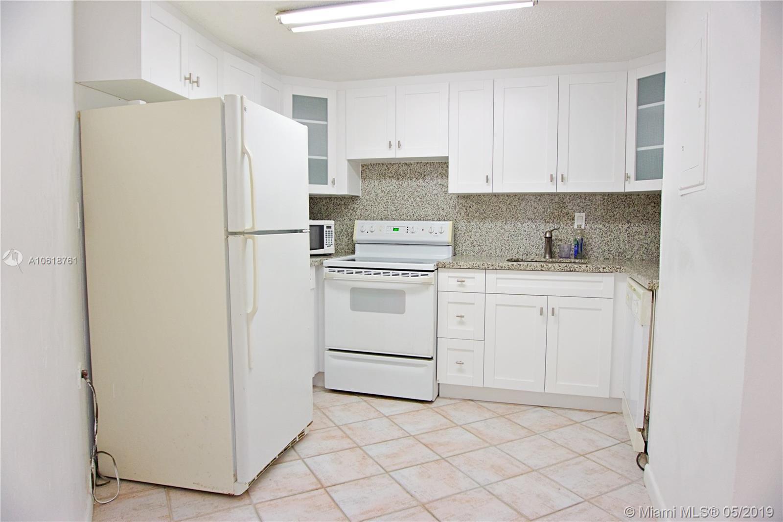 905 Brickell Bay Drive, Miami, FL 33131, Four Ambassadors #845, Brickell, Miami A10618761 image #14